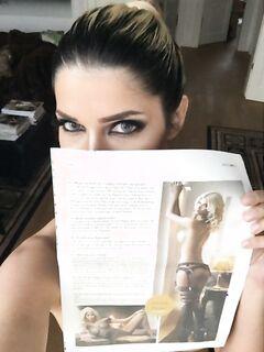 Микаэла Шефер (Micaela Schaefer) топлес в журнале SEXMAG