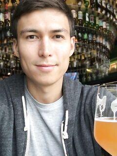 Парень четыре недели пытал себя пивом. Что получилось в итоге
