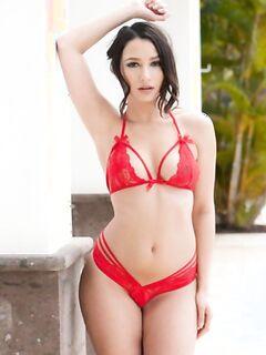Никола Пол в красном белье » Эротика, голые девушки без порно, знаменитости