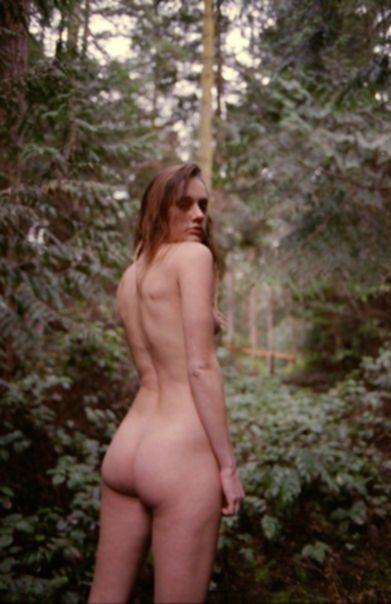 Оливия Норт голая - фото Calvin Wilson (май 2017)