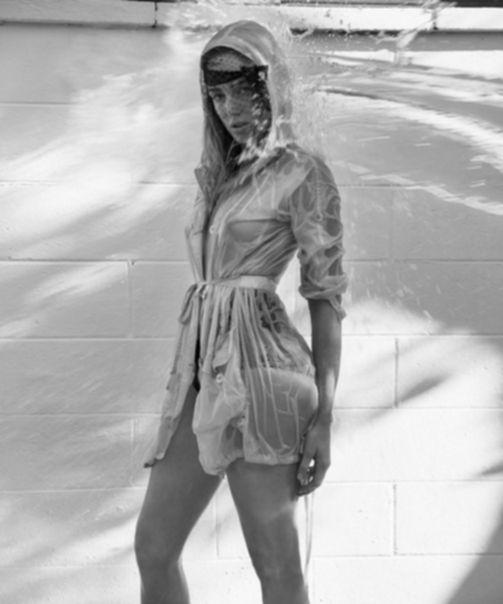 Кейти Лотц (Caity Lotz) - фото для журнала Venice