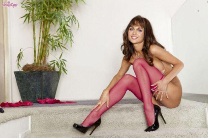 Roxanna Milana - Girls (erotic)