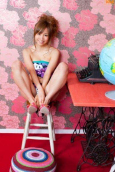 Классная японочка с прекрасной попой