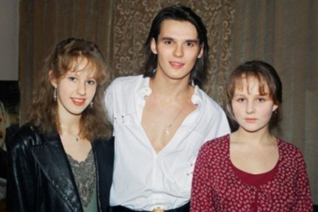 Снимки современных знаменитостей из 1990-х годов