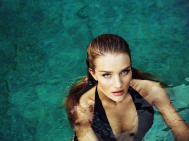 Rosie Huntington-Whiteley – Esquire UK Magazine