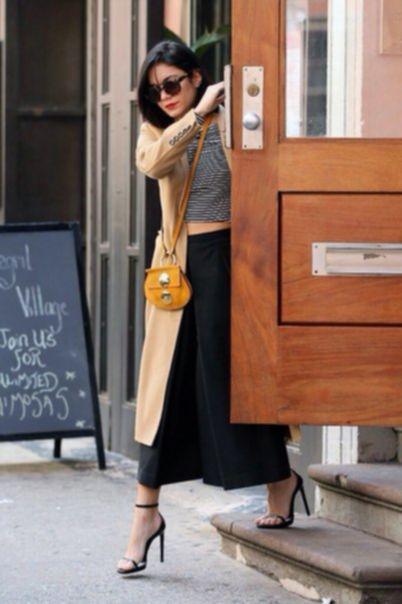 Ванесса Хадженс покидает свои апартаменты в Нью-Йорке
