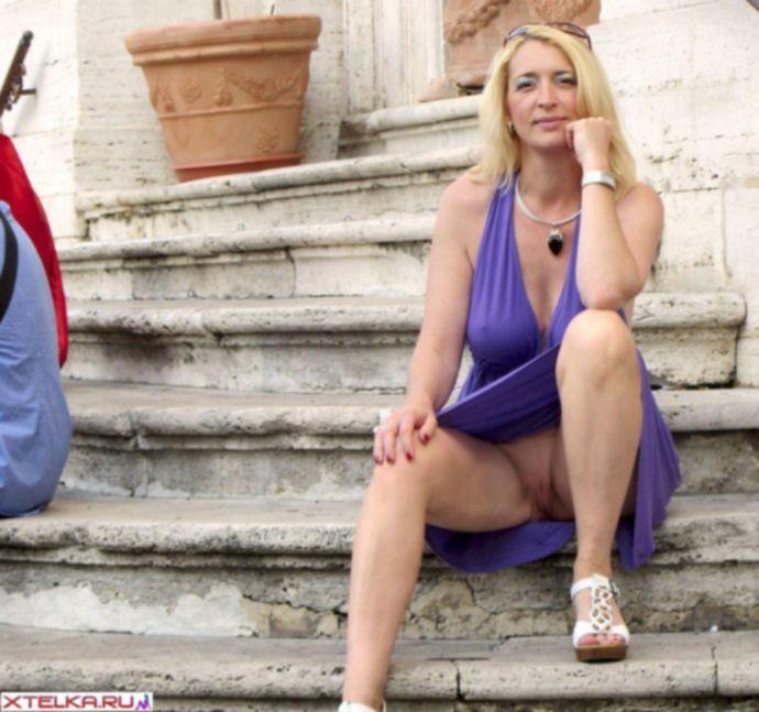 Телочка не стесняется показывает свои интимные места » Эротика, голые девушки без порно, знаменитости