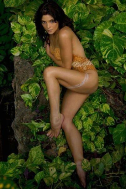 Эшли Грин Голая - Ashley Greene Nude