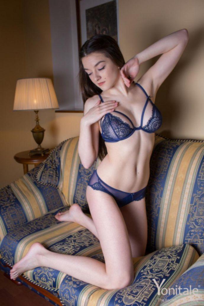 Vanda Mey с настоящим телом