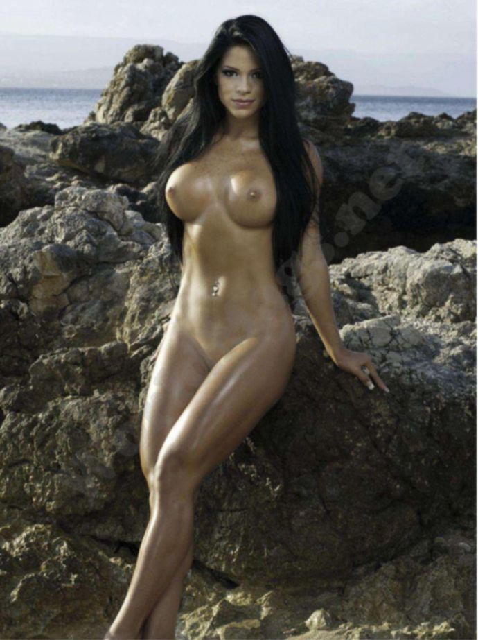 Богиня эротики Michelle Lewin - Playboy January 2012 (1-2012) Venezuela
