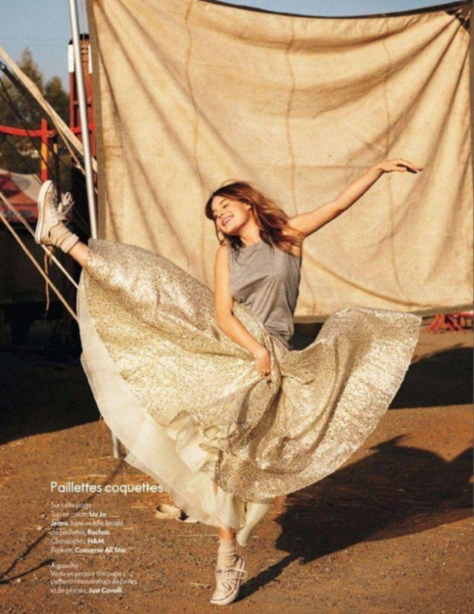 Модель года Camille Rowe - Elle April 2012