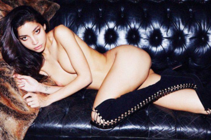 Топ модель Эмили Пайе в откровенной фотосессии