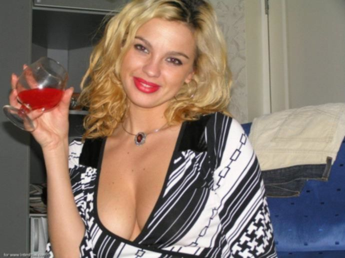 Частное фото пьяной проститутки
