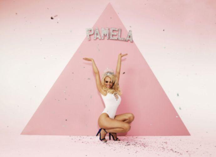 Фотосессия Pamela Anderson - март 2016