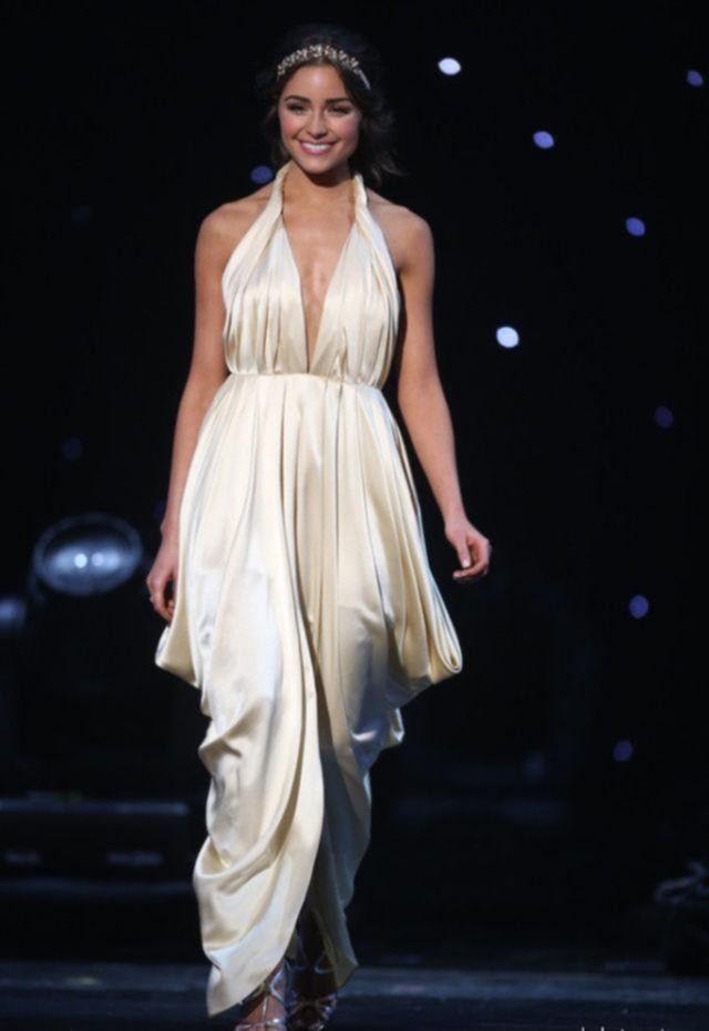 Фото Оливии Калпо, Мисс Вселенной 2012